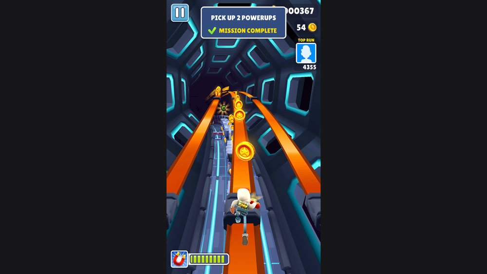 Using the Magnet in Subway Surfers